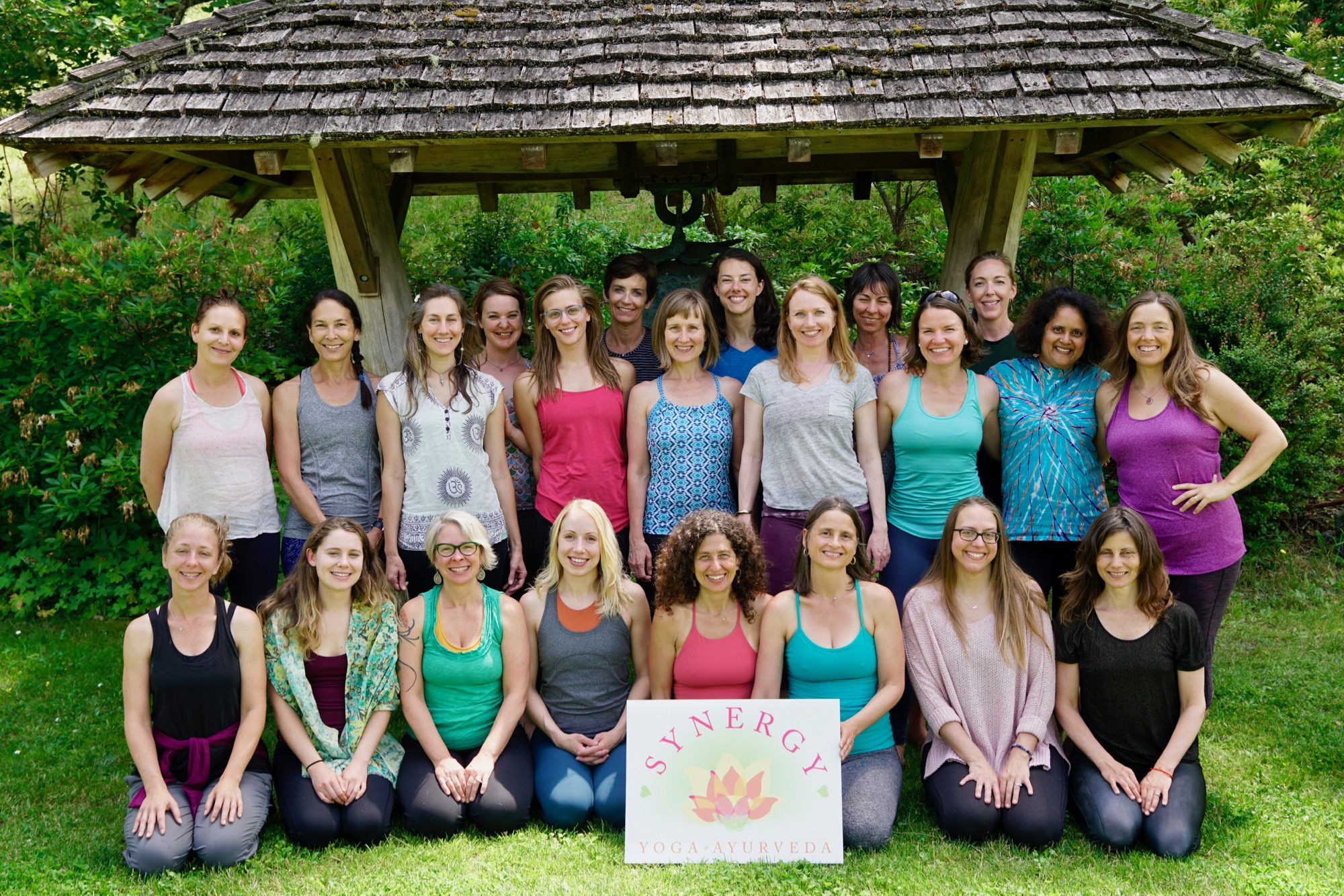 Synergy Yoga Yoga Yoga Teacher Training Yoga Retreats And Workshops Seattle Washington